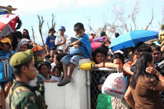 フィリピン台風被災者