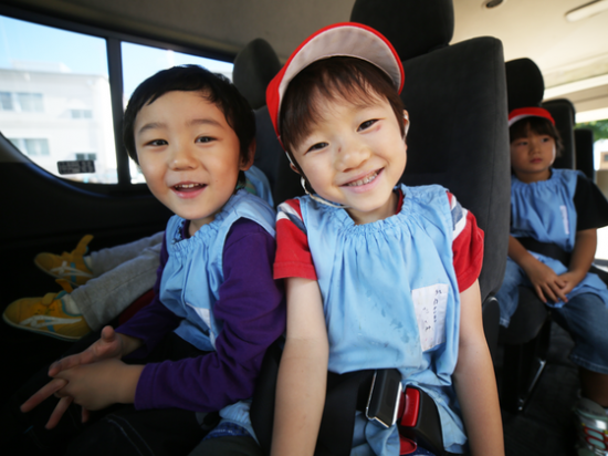 福島の子どもたちが好きな場所に行くためのバスを贈りたい