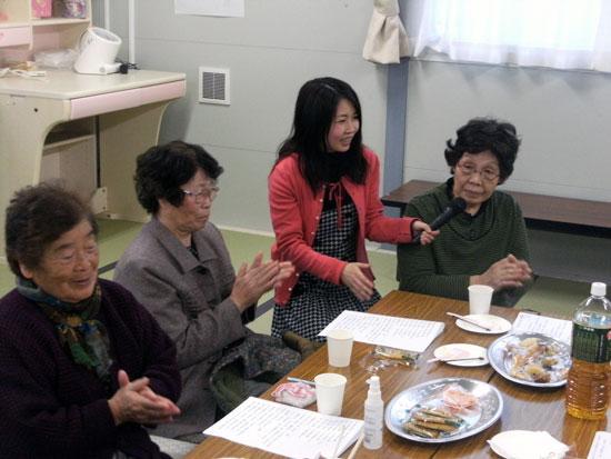 石巻市追波川運動場仮設住宅にてあおぞらカフェです。