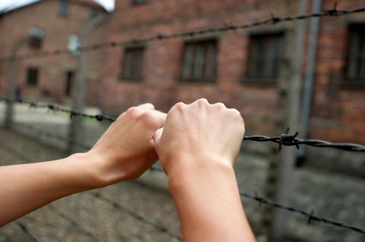 オペレーション・ブレッシングは、第二次世界大戦中に祖国で迫害され、イスラエルに移住してきてからも貧困のなかで暮らすユダヤ人を支援しています。