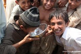 3月22日は国連が定める「世界水の日」です。オペレーション・ブレッシングは、世界の人々に安全な飲み水を届けるために、さまざまな活動を展開しています。