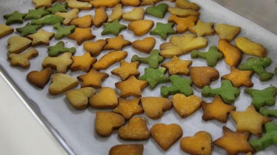 いろんな色のクッキー完成
