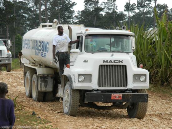 ハイチの干ばつが子供たちを脅かす