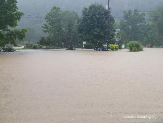 【洪水から1ヵ月】米ウエストバージニアで未曽有の大洪水