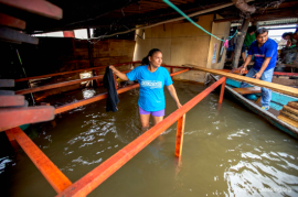 大洪水と土砂崩れペルーを直撃