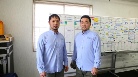 【東レ株式会社】エコディアの青いシャツで支援現場でも快適に