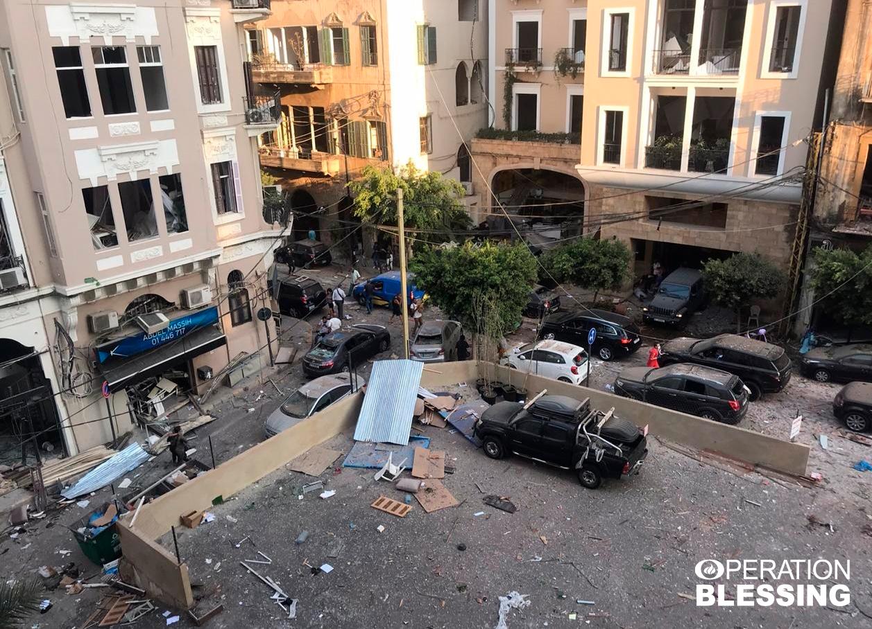 ベイルート爆発事故の犠牲者に助けの手を